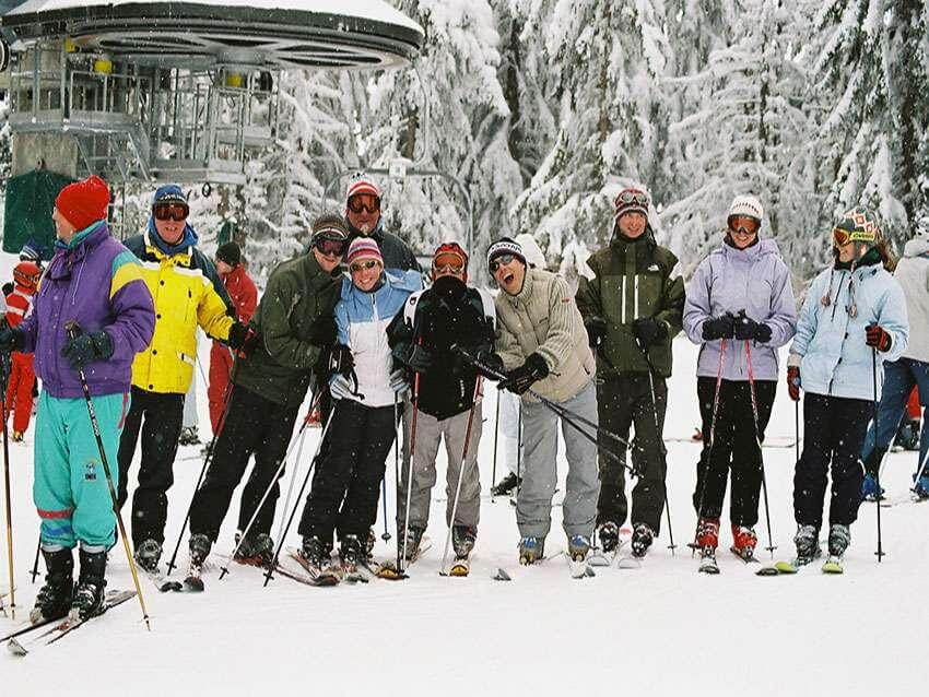 Have fun skiing with other people