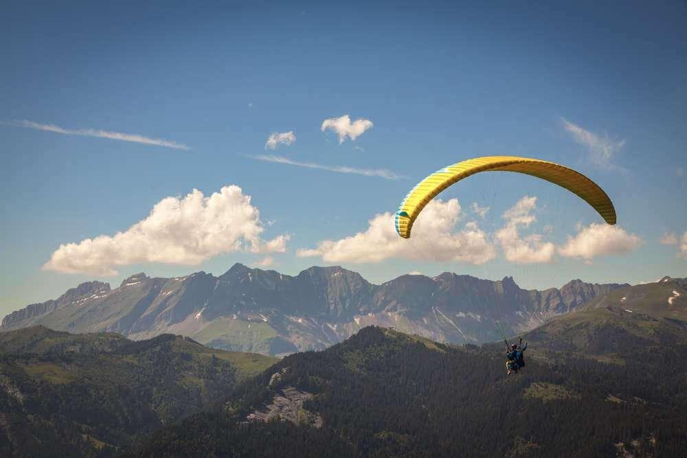 Paragliding-1000.jpg